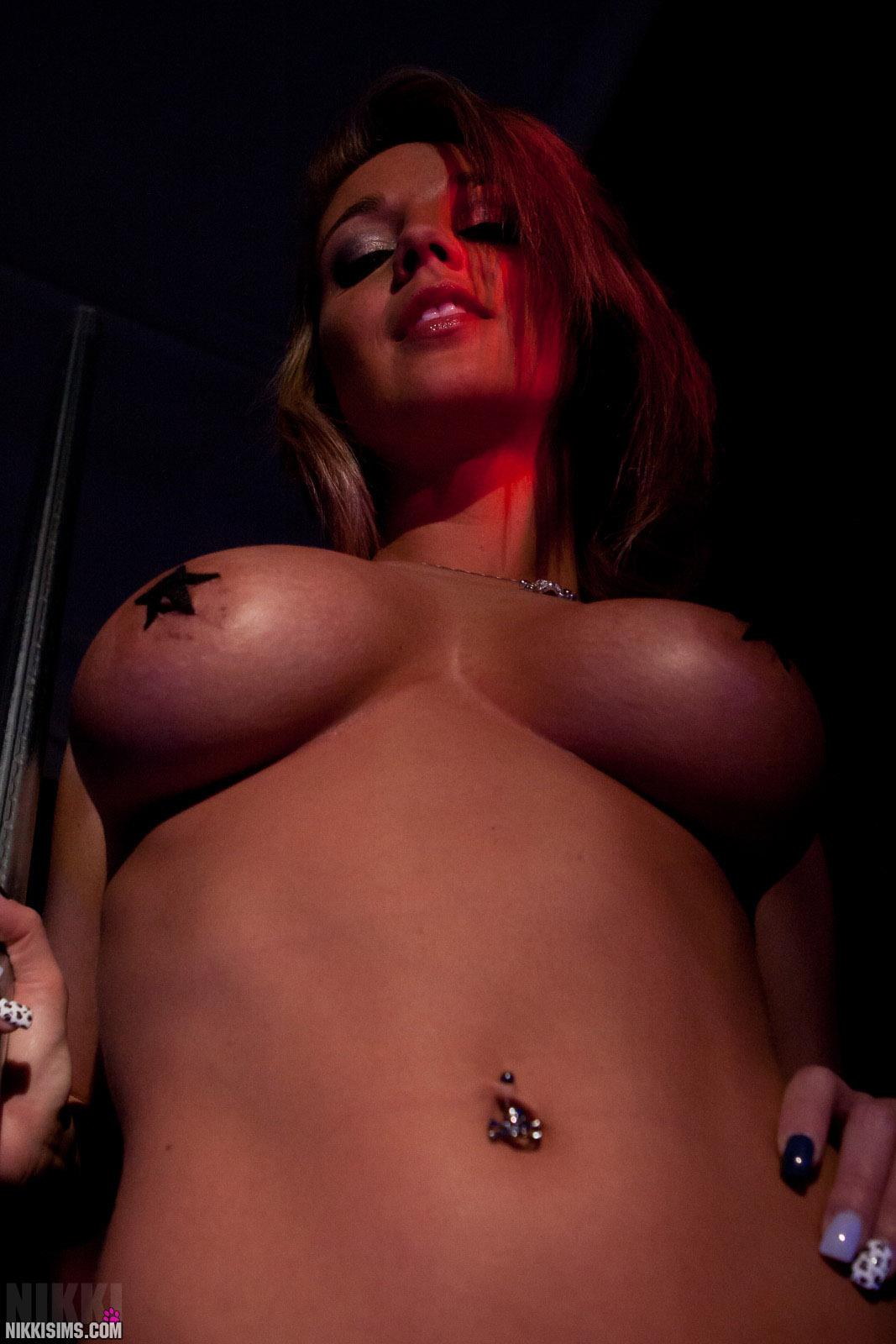 Hot nude girl nikki sims, spreading nude ladies