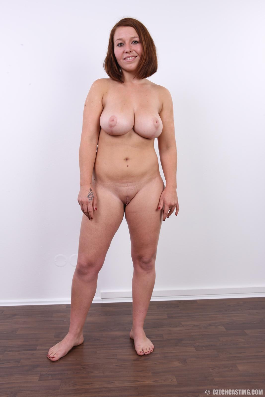 Молодая с большой грудью на кастинге — 13